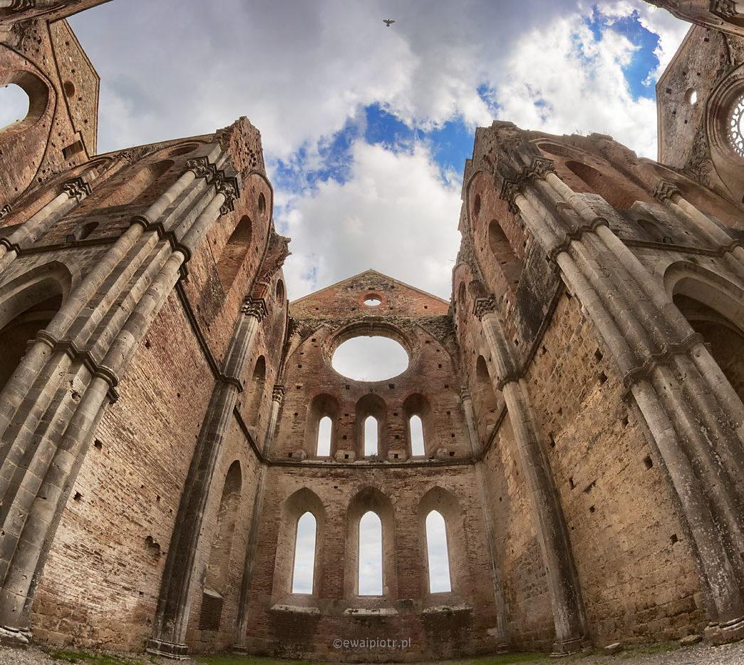 Ruiny San Galgano, SNS-HDR