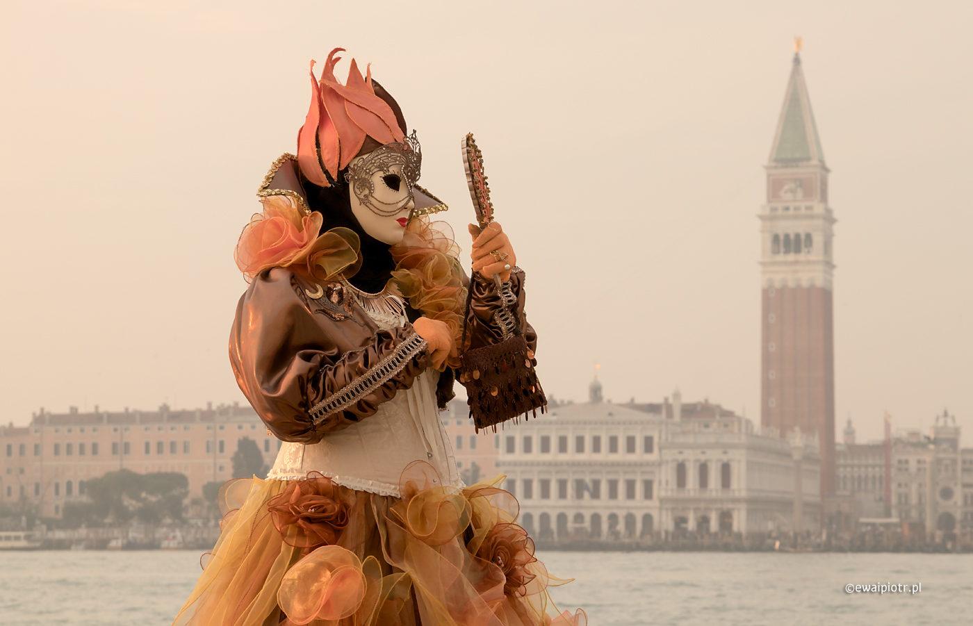 Karnawał w Wenecji, maska wenecka
