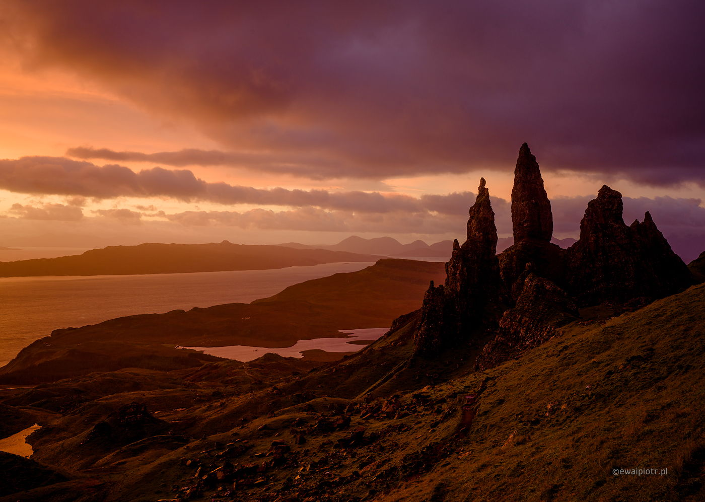 Old Mann of Storr o świcie