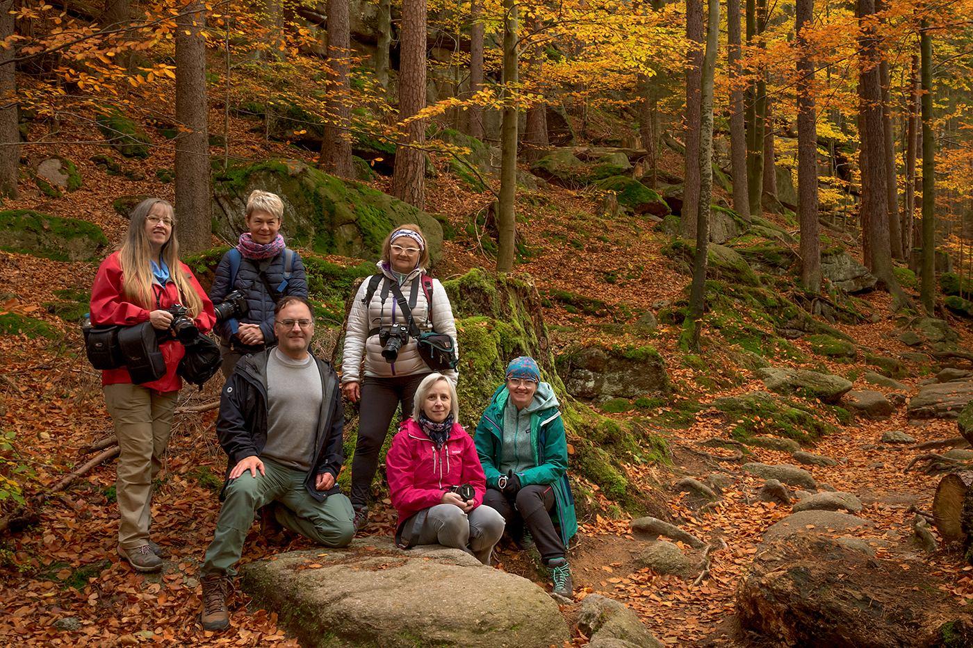 Uczestnicy warsztatów fotograficznych Złoty Czas Jesieni 2020