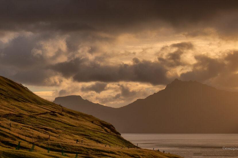 Wschód nad Gjogv, Wyspy Owcze, jaka chmura dla fotografa