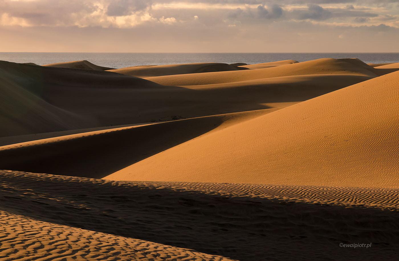 Wielkie wydmy na małej pustyni, Wyspy Kanaryjskie