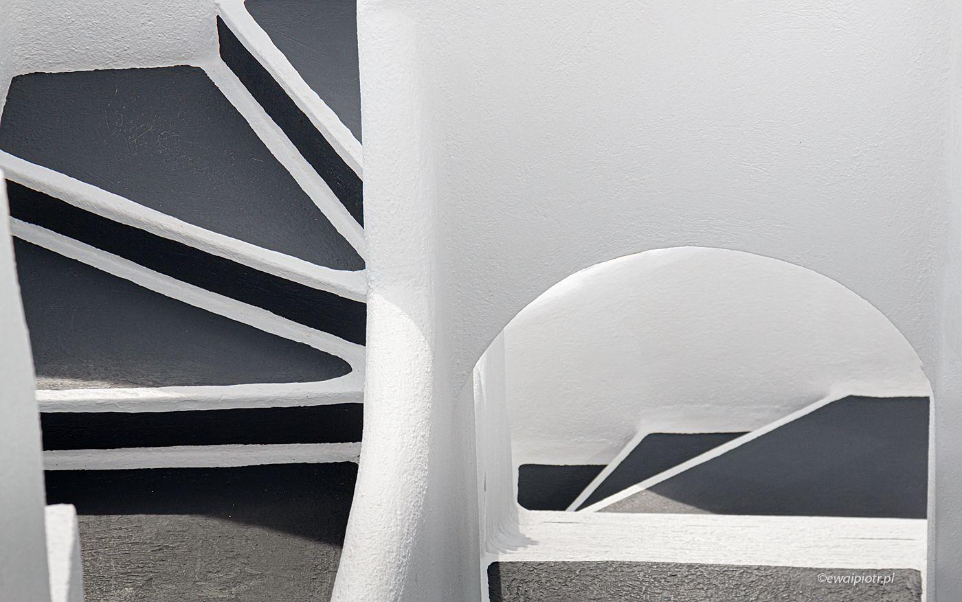 Schody na Santorini, wersja czarno-biała