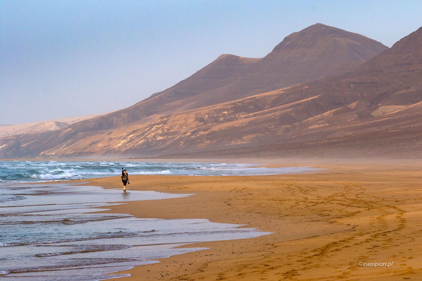 Na plaży Cofete, Wyspy Kanaryjskie