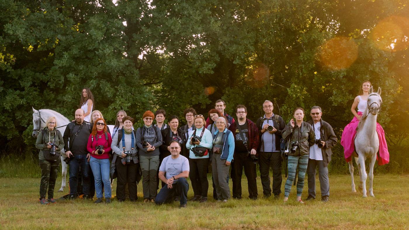 Uczestnicy warsztatów fotograficznych Czarowne Świętokrzyskie 2021