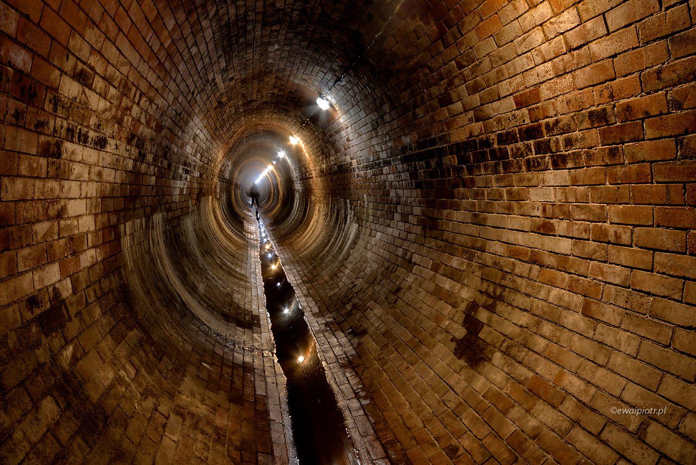 Człowiek w tunelu, Stara Cistirna, Praga