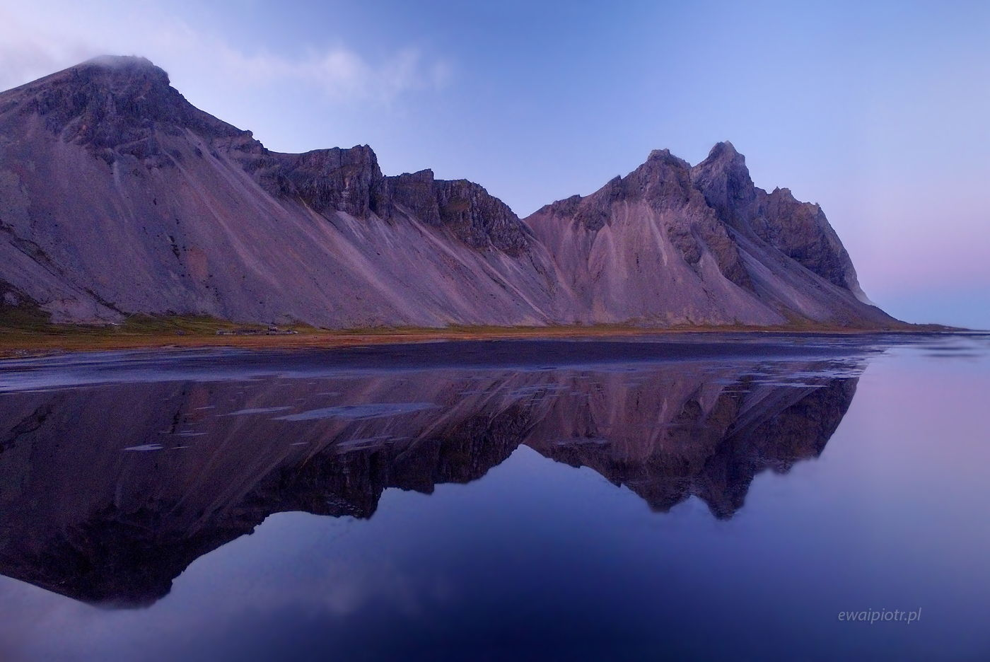Podwójny Vestrahorn, Islandia, z drona