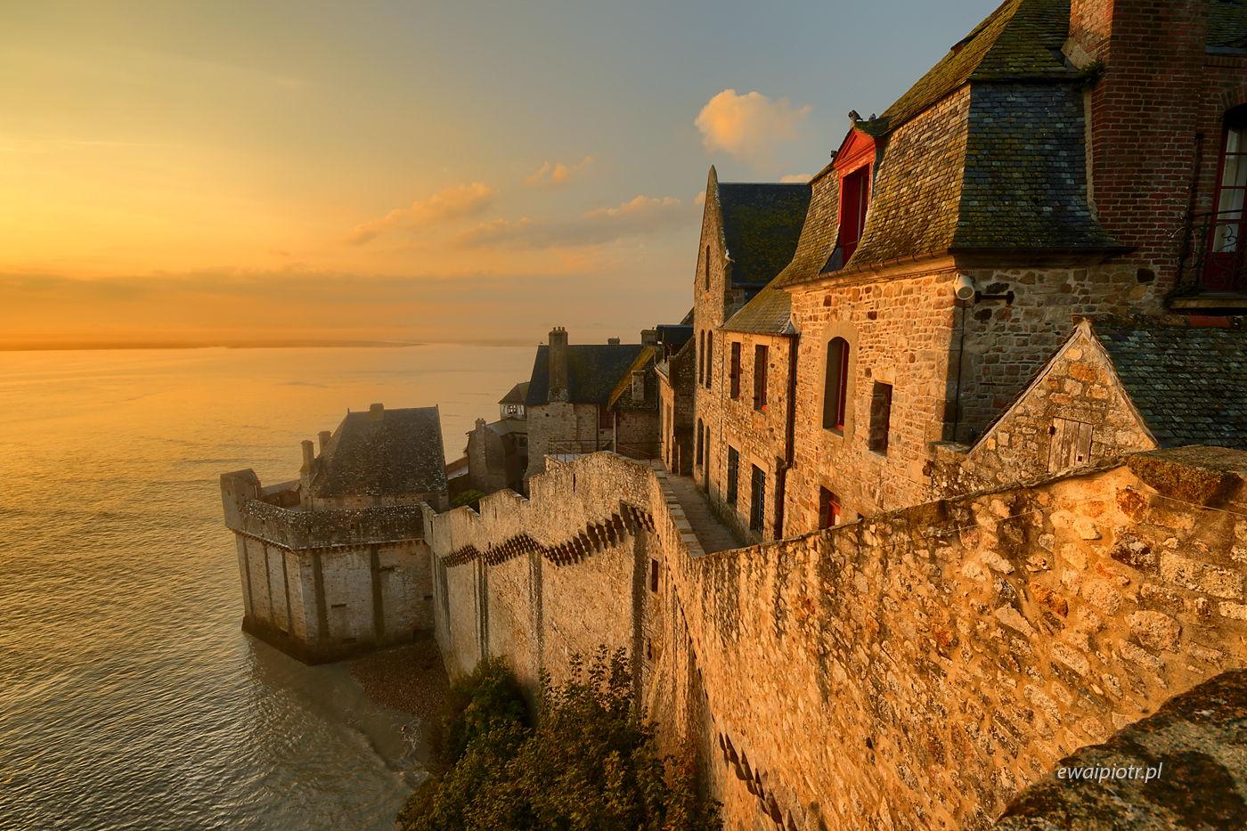 Mont Saint Michele - widok z blanków, Bretania