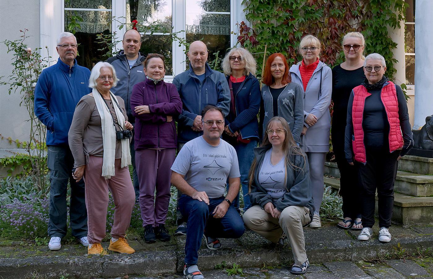 Uczestnicy warsztatów fotograficznych Czarowne Świętokrzyskie jesień 2021